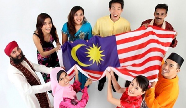 Apa Keuntungan Kuliah di Malaysia?