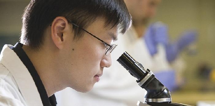 Belajar Mengenai Cell Molecular Biology di Glasgow Caledonian University
