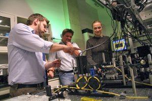 Kuliah Fisika di Universitas Top Dunia University of Waterloo