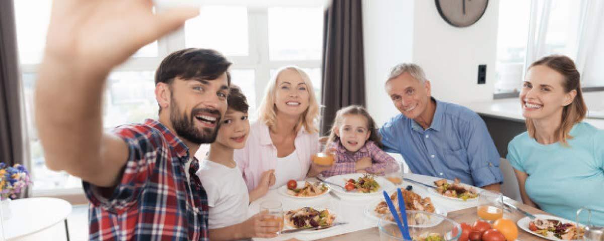 5 Tips Tinggal dengan Keluarga Angkat