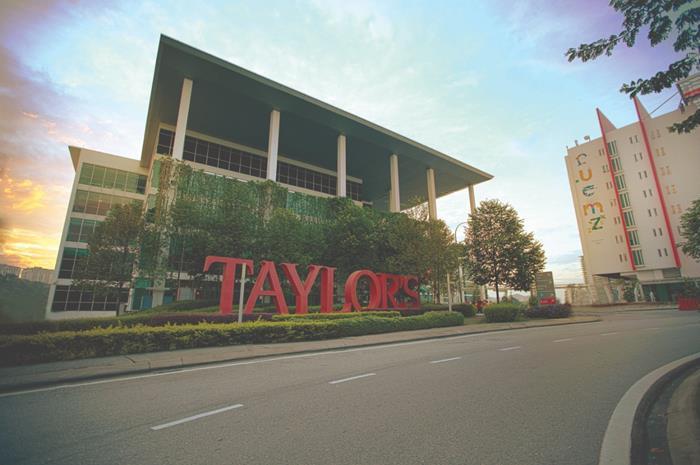 universitas terbaik di malaysia