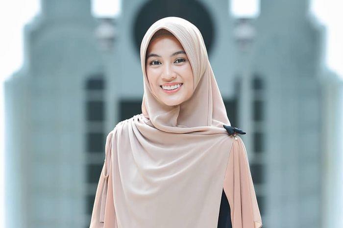 artis indonesia lulusan luar negeri