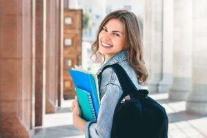 kuliah di luar negeri vs dalam negeri