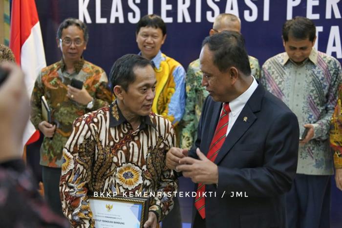 daftar universitas terbaik di Indonesia