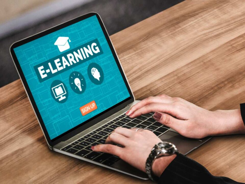 manfaat online learning