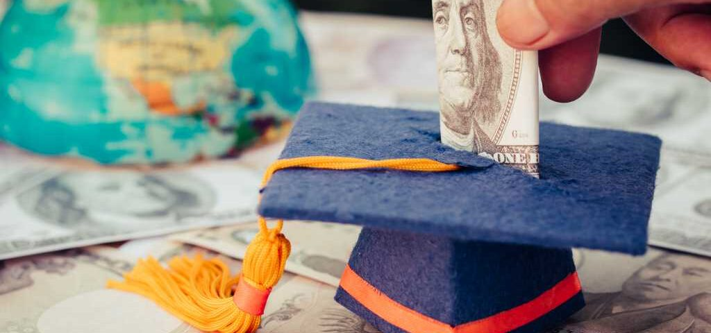 biaya kuliah s2 di luar negeri