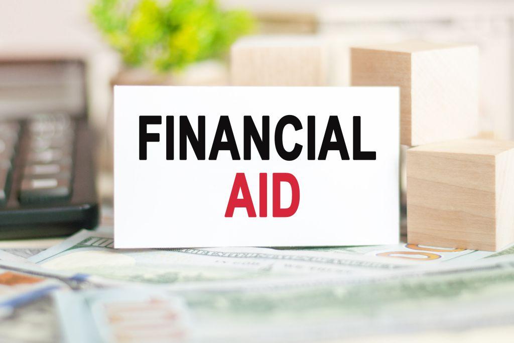 jenis bantuan finansial
