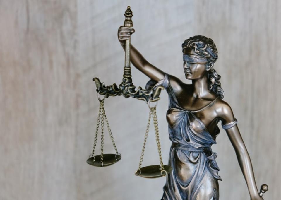 apa saja yang dipelajari di fakultas hukum