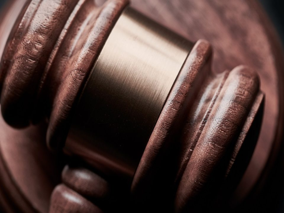 alasan memilih jurusan hukum