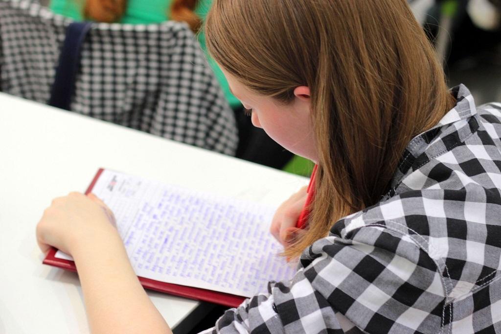 Jangan Sampai Tertukar, Ini Perbedaan TOEIC dan TOEFL yang Wajib Kamu Ketahui!